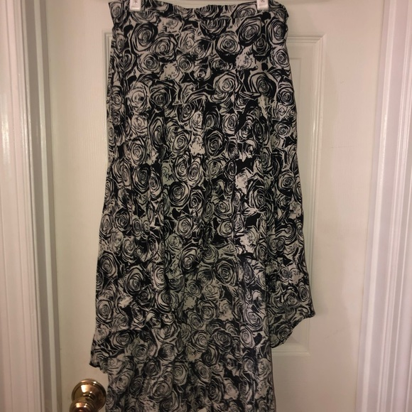 Charlotte Russe Dresses & Skirts - NWT High Low Skirt